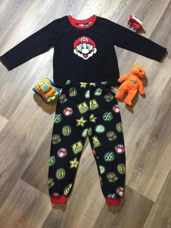 Флисовая пижама super mario primark  ,на 4\5 лет