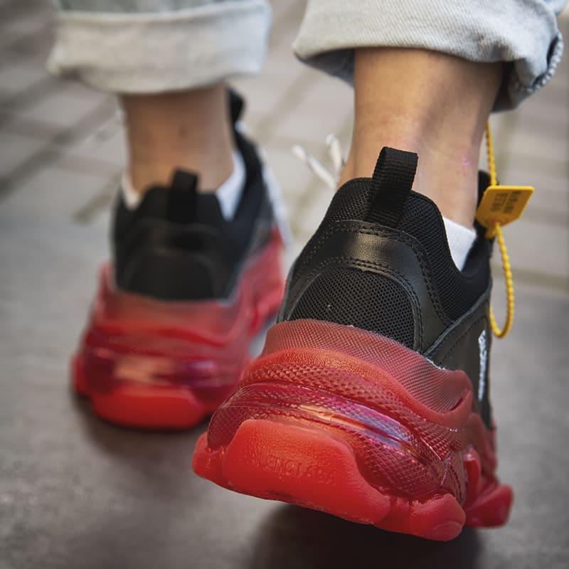 Женские кроссовки Balenciaga Triple S Clear Sole «Black/Red» - Фото 3