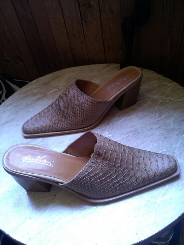 Новые,стильные,элегантные сабо-шлёпки под кожу питона, размер ...