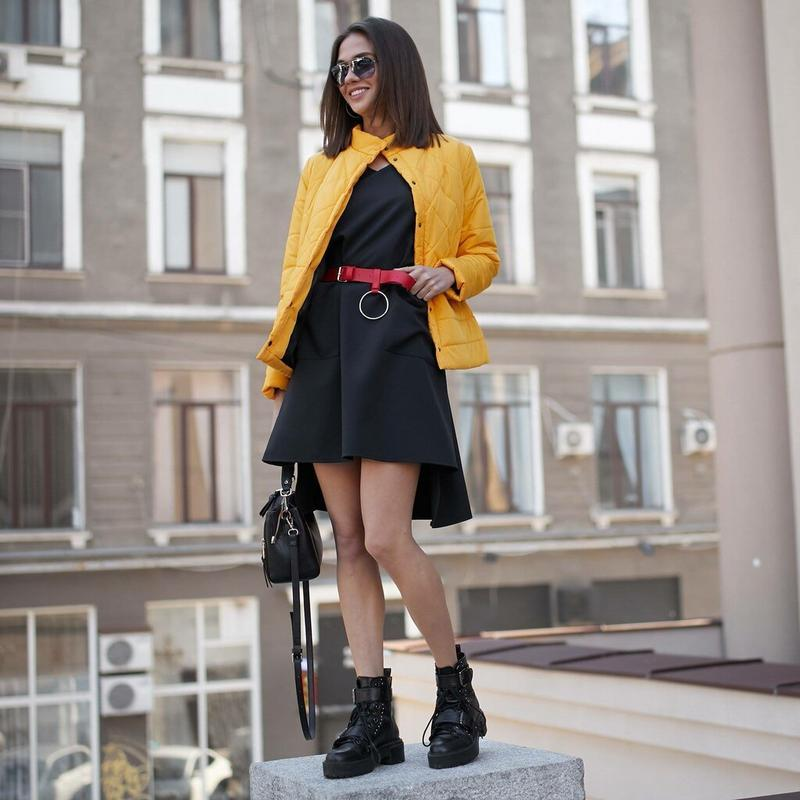 Куртка деми стеганая короткая желтая яркая курточка