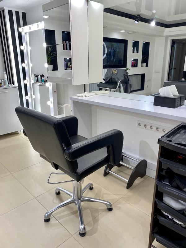 Аренда кресла парикмахера и место мастера маникюра - Фото 4