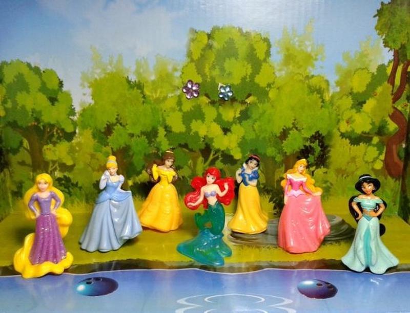 Полная коллекция фигурок принцессы Дисней киндер