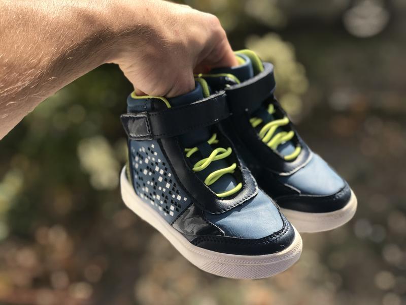 Kidz дитячі палаючі кросівки