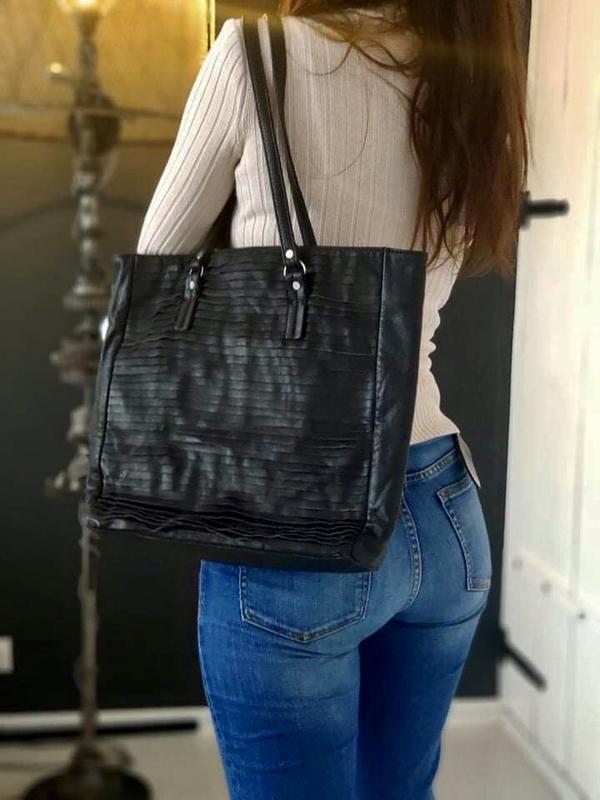 French connection 100% оригинальная кожаная сумка.