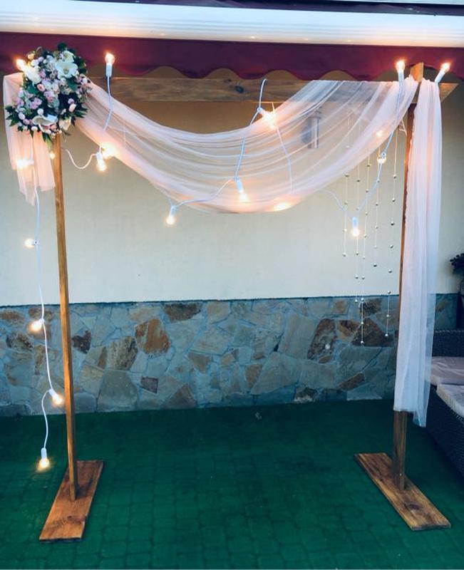 Фотозона. Арка весільна