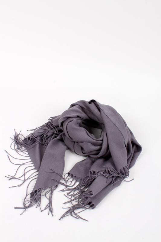 Палантин пашмина шарф однотонный серый в наличии - Фото 2