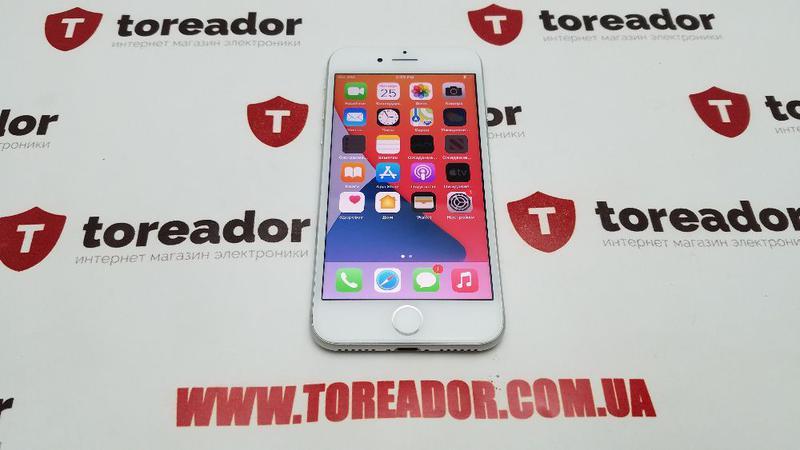 Apple iPhone 8 64gb Silver Neverlock X/Xs/Xs Max/ 11/12/Pro Max