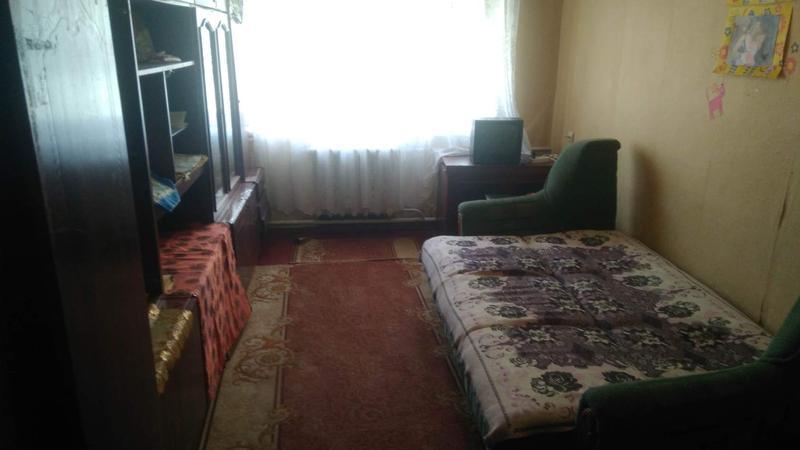Двох кімнатна квартира, 1 поверх, центр міста