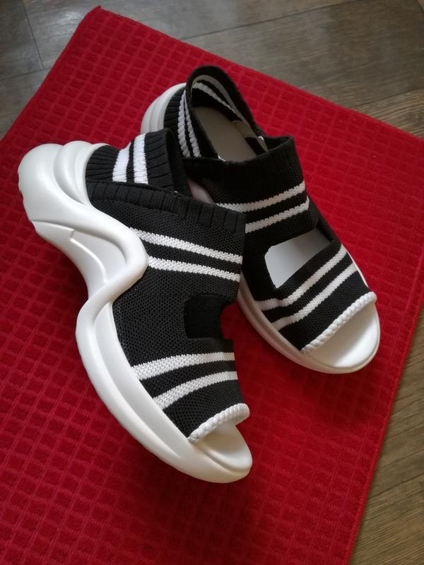Босоножки спортивные босоножки-кроссовки