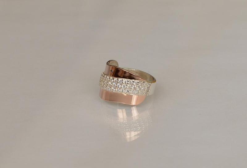 Кольцо серебро 925 с золотом 131к - Фото 2
