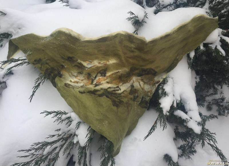 Вовняний трикутний шарф хустинка ручної роботи