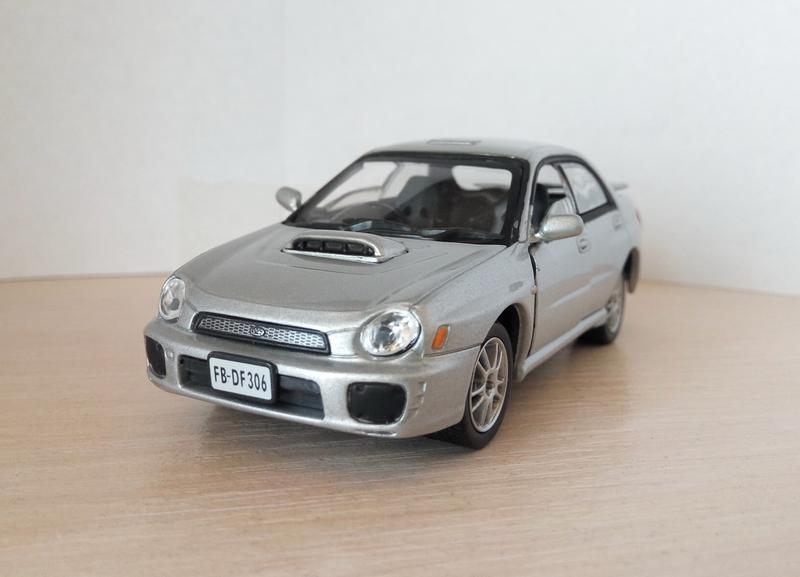 Модель Subaru Impreza, Cararama/Hongwell масштаб 1:43