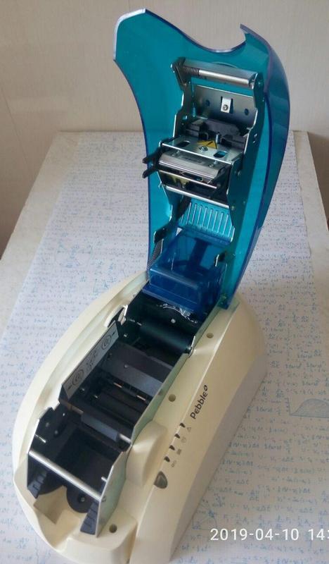 Evolis Pebble 4 -принтер для цветной печати на пластиковых картах - Фото 2