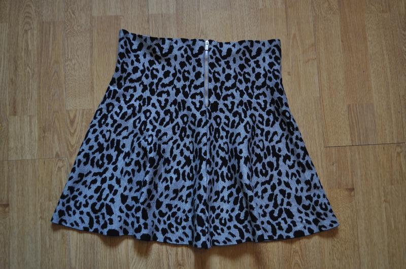 Стильная юбка плотный мягкий трикотаж