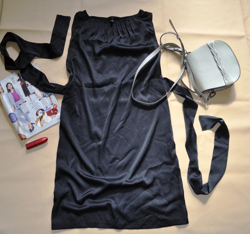 Маленькое чёрное платье туника