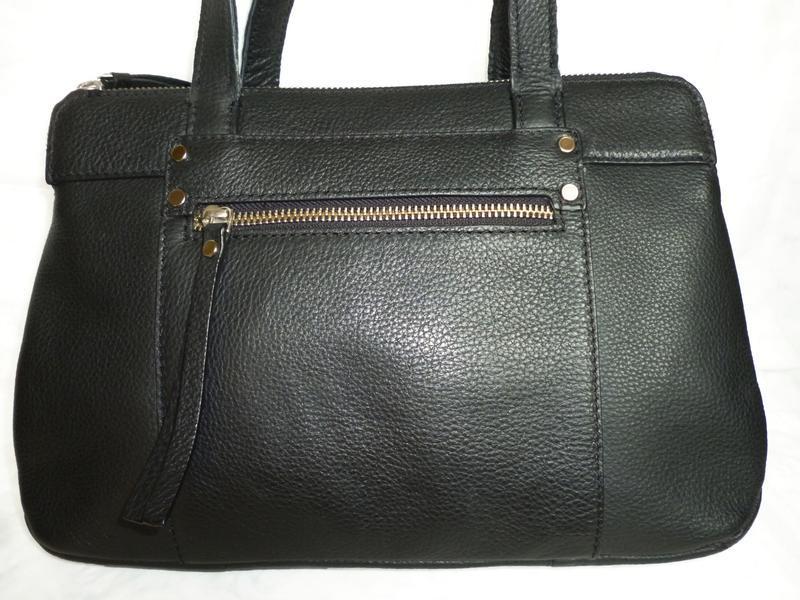 Стильная сумка из натуральной кожи debenhams