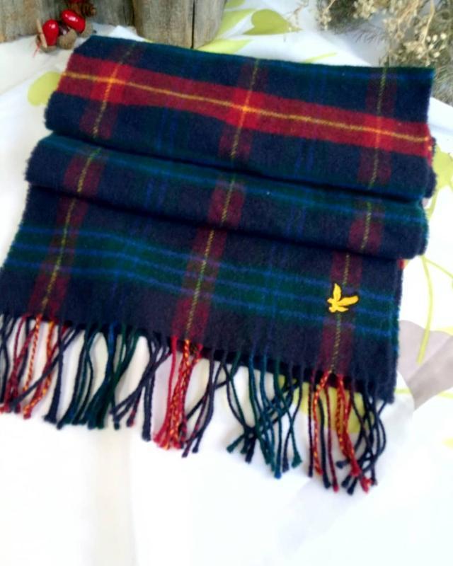 Шерстяной шарф дорогого бренда lyle&scott.