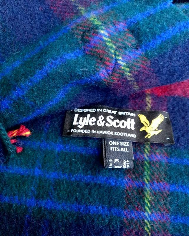 Шерстяной шарф дорогого бренда lyle&scott. - Фото 3
