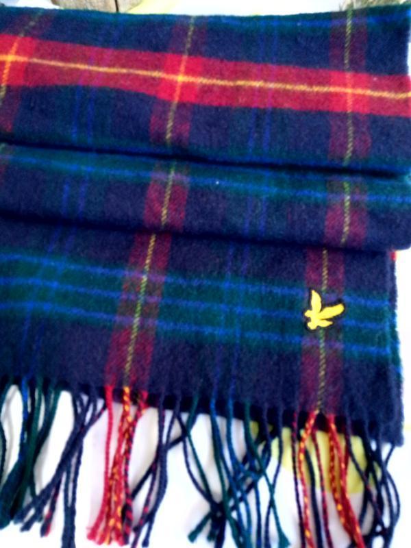 Шерстяной шарф дорогого бренда lyle&scott. - Фото 4