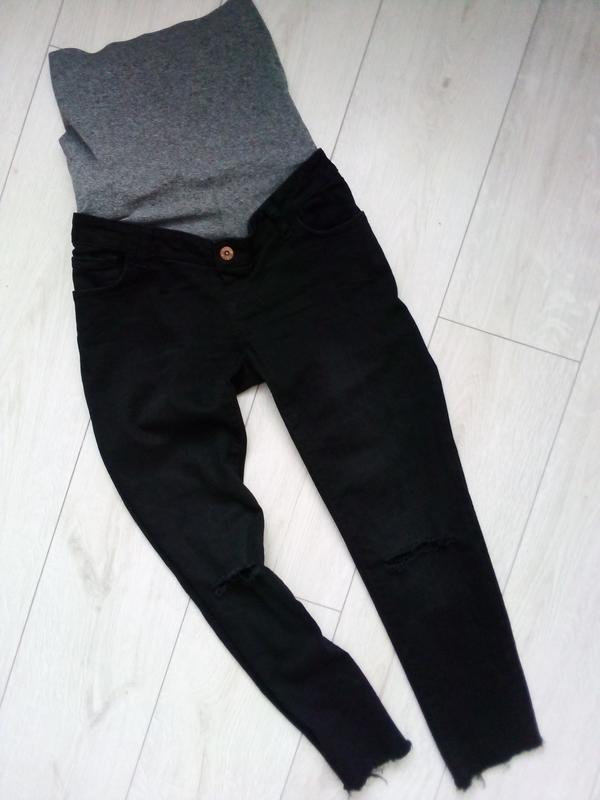 Стильные рваные джинсы для будущих мам - Фото 2