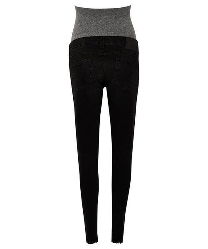 Стильные рваные джинсы для будущих мам - Фото 10