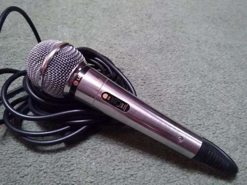 "Микрофон проводной ""LG ACC M900K"""