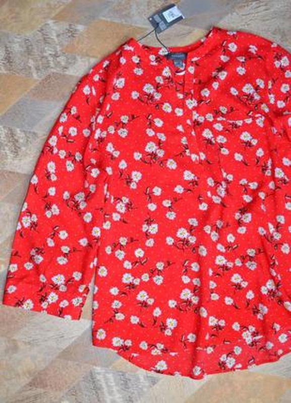 Рубашка красная в цветах - Фото 3