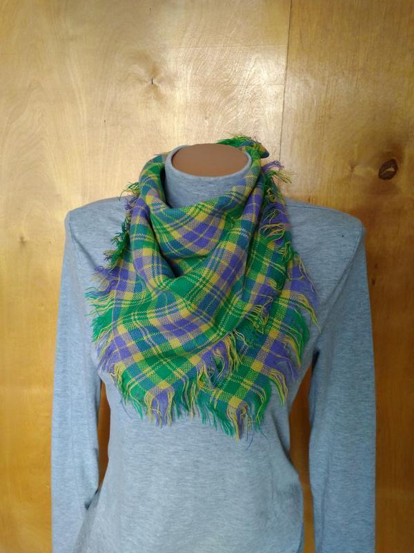 Мягкий теплый платок шарфик шарф зеленый в клетку