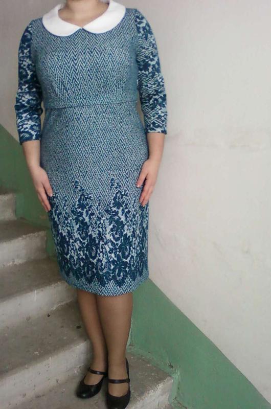 Стильное платье сукня в офис на корпоратив в принт прямое трик...