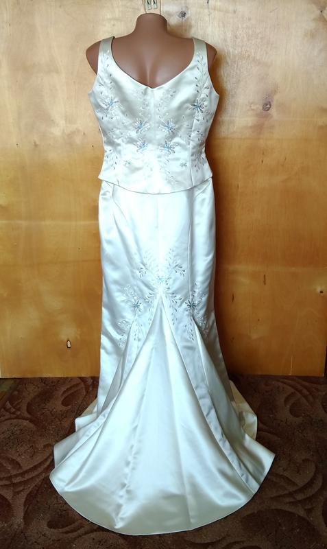 👗  46-48-50-52 платье нарядное свадебное костюм со шлейфом с в...