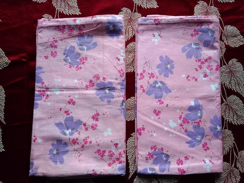 2 наволочки 80х75 см розовые в цветной принт рисунок с подворо...