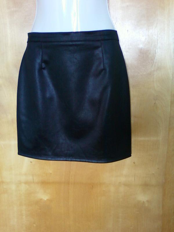 Юбка юбочка спідниця мини прямая черная р 8-10 или 42-44-46