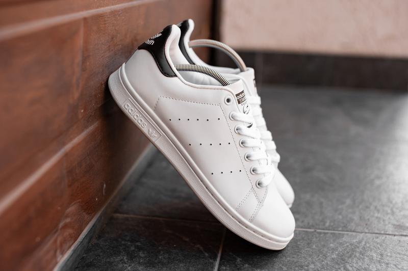 Шикарные мужские кроссовки adidas stan smith white/black