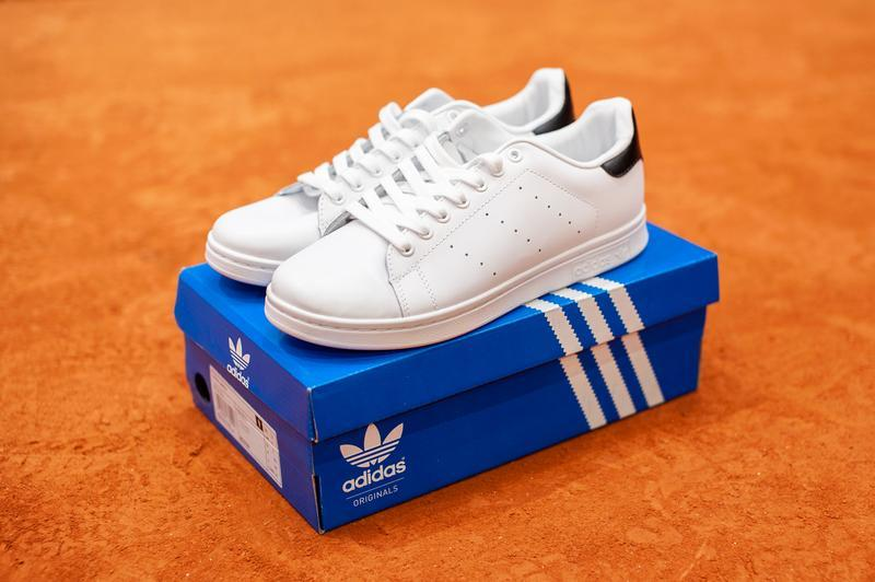 Шикарные мужские кроссовки adidas stan smith white/black  (вес...