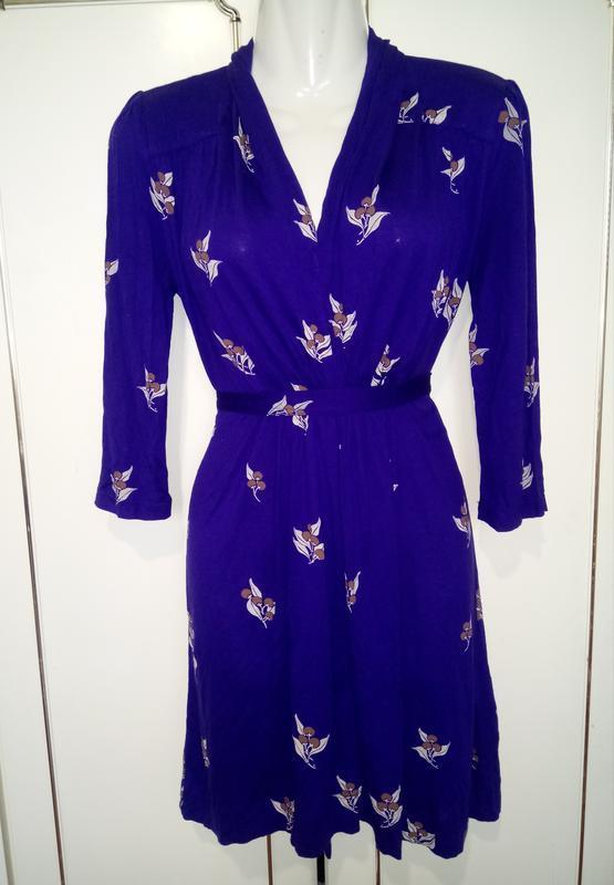 Легкое нежное платье в цветочный принт 100% вискоза french connec