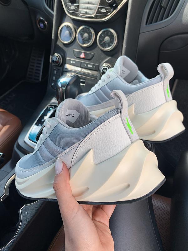 Шикарные женские кроссовки adidas sharks 🦈 boost light grey 😍 ... - Фото 3