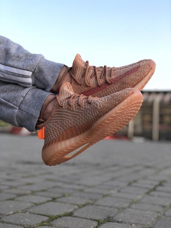 Шикарные кроссовки adidas yeezy 350 v2 😍 (весна/ лето/ осень),... - Фото 3