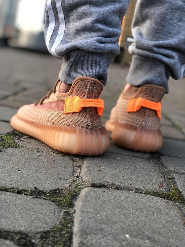 Шикарные кроссовки adidas yeezy 350 v2 😍 (весна/ лето/ осень),... - Фото 6