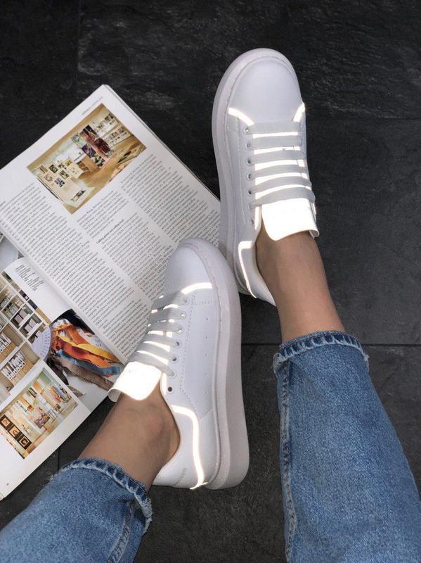 Шикарные женские кроссовки alexnder mcqueen white reflective 😍...