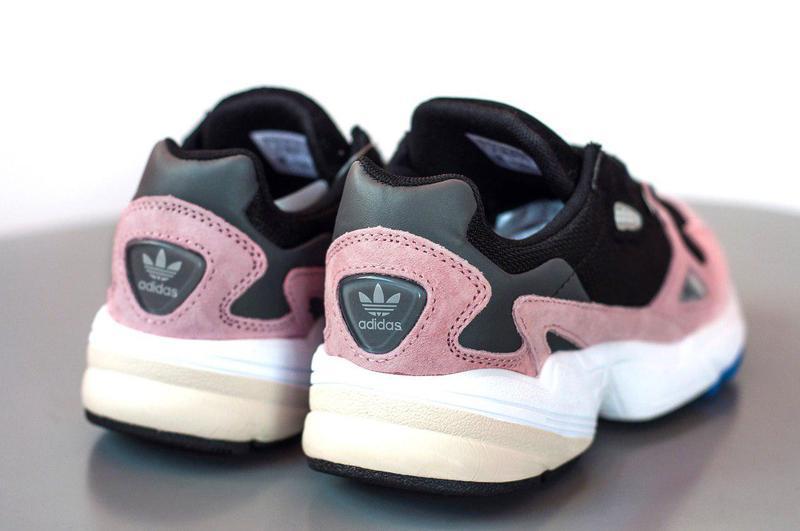 Женские кроссовки adidas falcon pink/ black 😍 (весна/ лето/ ос... - Фото 5
