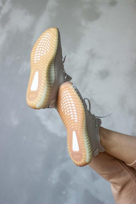 Шикарные кроссовки унисекс adidas yeezy boost v2, «sesame» 😍 (... - Фото 2