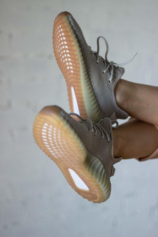 Шикарные кроссовки унисекс adidas yeezy boost v2, «sesame» 😍 (... - Фото 3