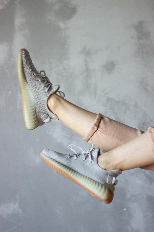 Шикарные кроссовки унисекс adidas yeezy boost v2, «sesame» 😍 (... - Фото 4