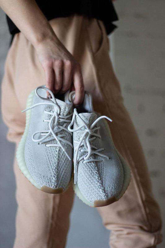 Шикарные кроссовки унисекс adidas yeezy boost v2, «sesame» 😍 (... - Фото 5