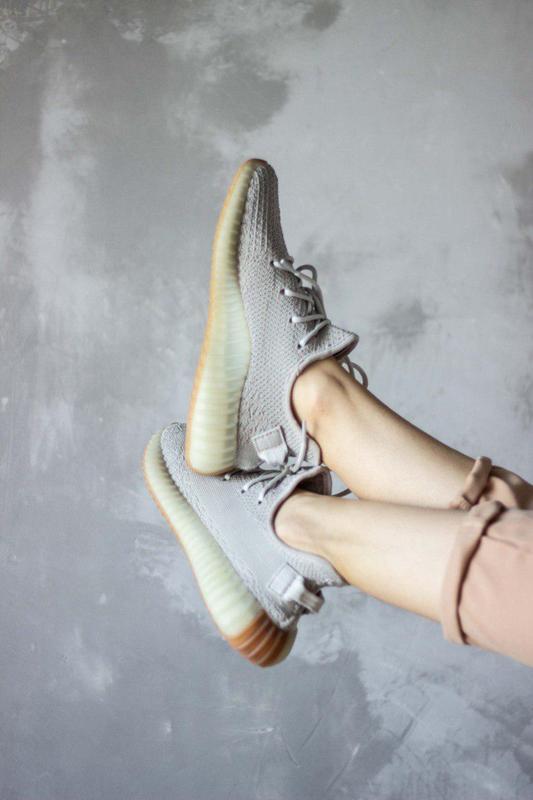 Шикарные кроссовки унисекс adidas yeezy boost v2, «sesame» 😍 (... - Фото 7