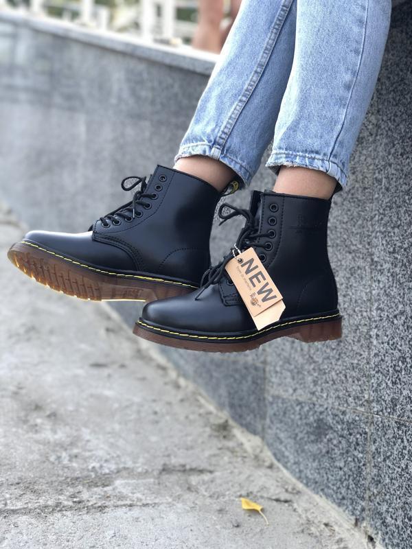 Шикарные женские осенние ботинки dr. martens 1460 black без ме...
