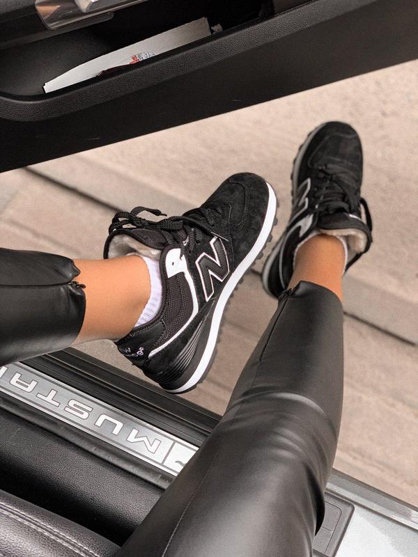 Шикарные женские зимние кроссовки new balance 574 black fur с ... - Фото 2