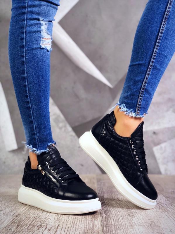 ❤ невероятные женские кроссовки с молниями сбоку ❤