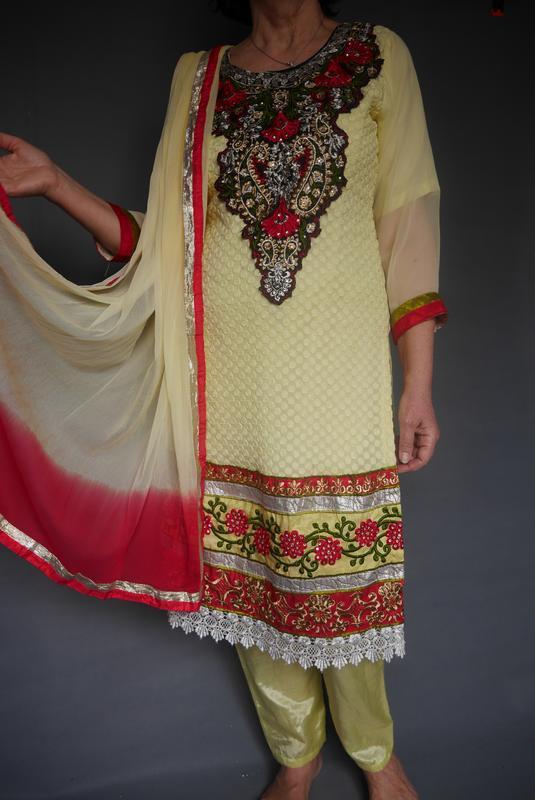Индийский костюм. сари.