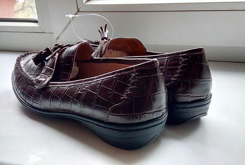 Стильные новые кожаные лоферы clarks. - Фото 3